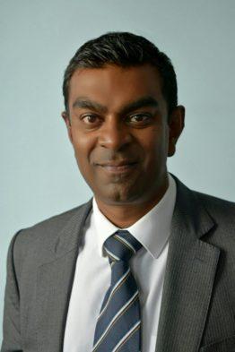 Mr Krissen Chettiar Consultant Orthopaedic Surgeon 