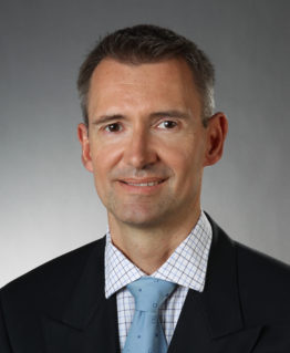 Mr Michael Hess Consultant Orthopaedic Spinal Surgeon|Mr Michael Hess